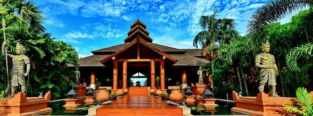 0989c-Aureum-Palace-Bagan.jpg