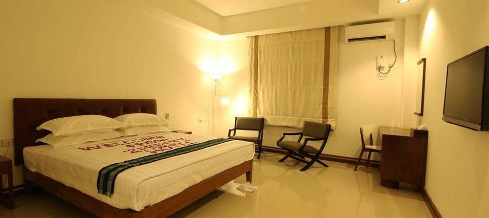 2733f-zfreeti-hotel-bagan-room-4.jpg