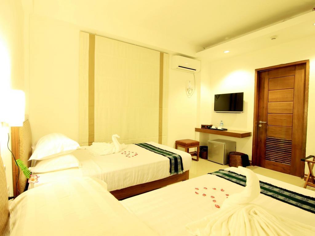 7119c-zfreeti-hotel-bagan-room-1.jpg