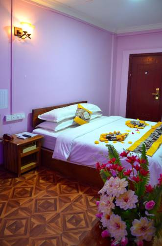 905e7-Hotel-Ye-Myanmar-DBL-01.jpg