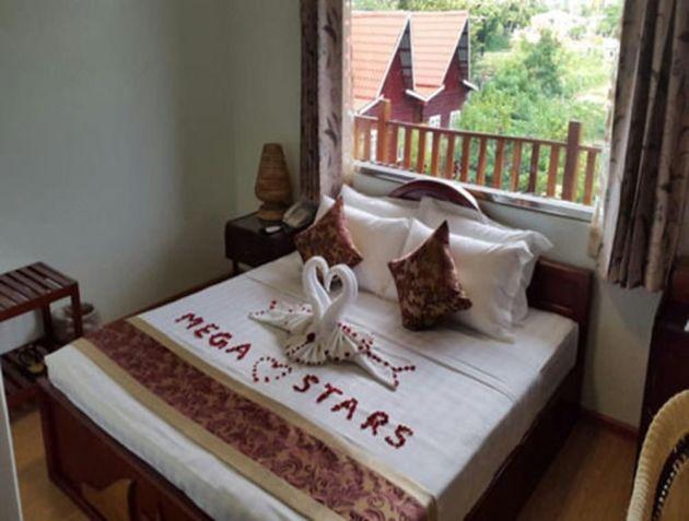 9727c-mega-stars-hotel-mdl-room-1.jpg