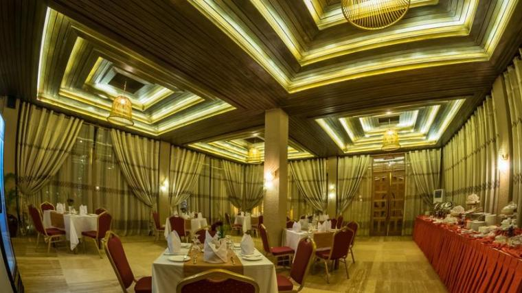 b4b84-bagan-airport-hotel-dinning-room-2.jpg