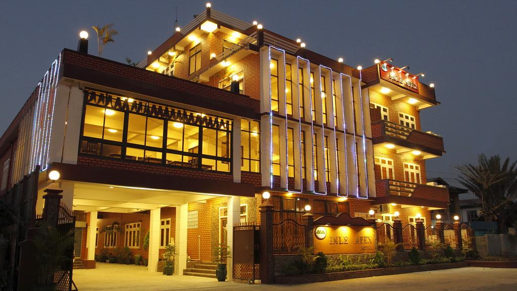 f32b3-Inle-Apex-Hotel.jpg