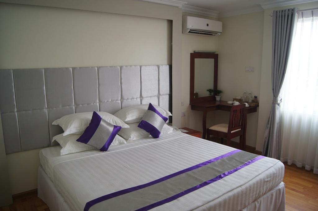 0e096-Hotel-78-DBL-01.jpg