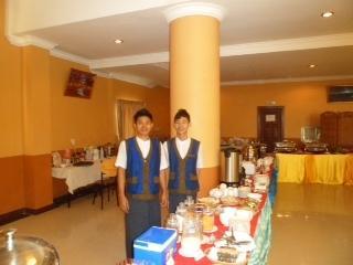 11cb6-Hotel-63-breakfast-area.jpg