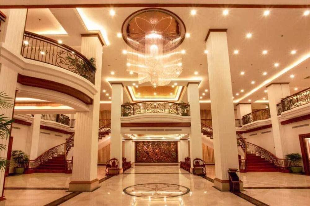 1635d-Golden-Hotel-Lobby.jpg
