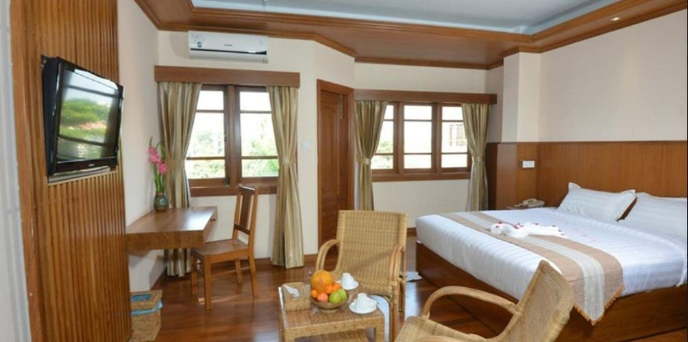 2177a-Hotel-Sideny-DBL-Best-Room-01.jpg