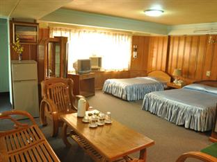 2203c-power-hotel-mdl-room-3.jpg