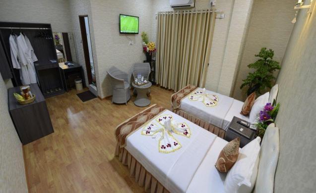 25152-tiger-one-hotel-mdl-room-4-jpg.jpg