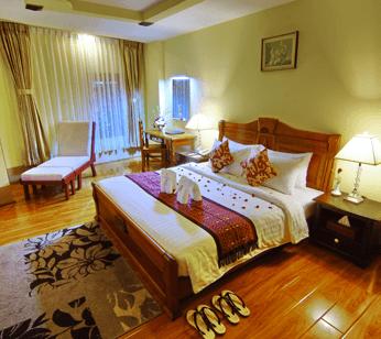 2683f-shwe-ingyinn-hotel-mdl-room-2.jpg