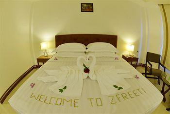 2888c-zfreeti-hotel-bagan-room-3.jpg