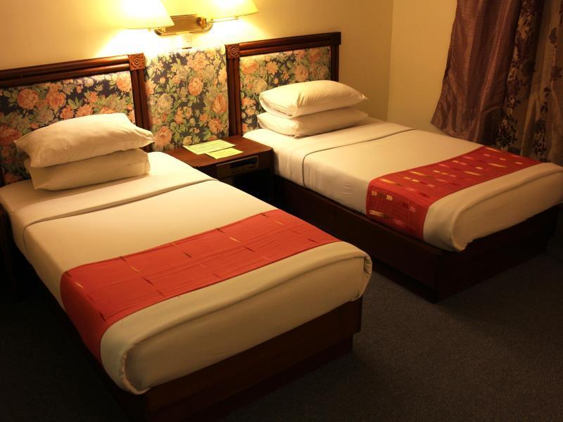 383c7-Alfa-Hotel-Twin-Best.jpg
