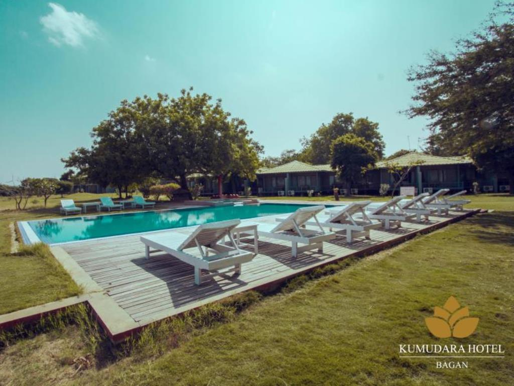 385d4-kumudara-hotel-swimming--pool.jpg
