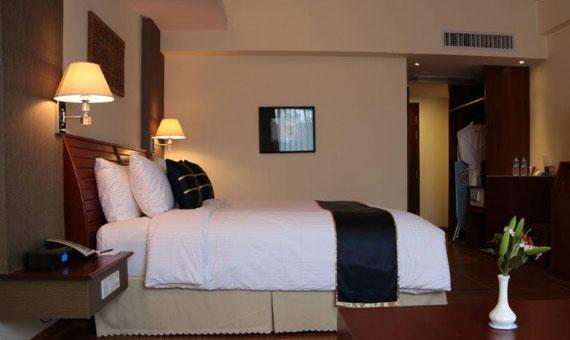 3939b-BW-Plus-Eastern-Palace-Hotel--Dlx-Dbl--2.jpg