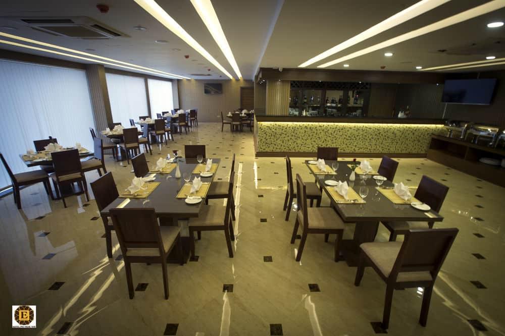 3b2b4-Hotel-Pyi-Thar-Yar-Restraunt.jpg