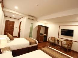 3e176-Hotel-Triple-Room.jpg