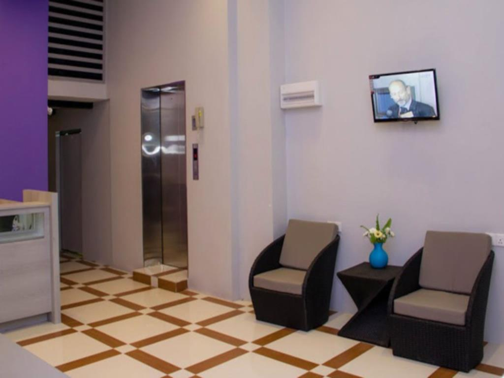 4025b-Hotel-Mila-Noa-Lobby.jpg
