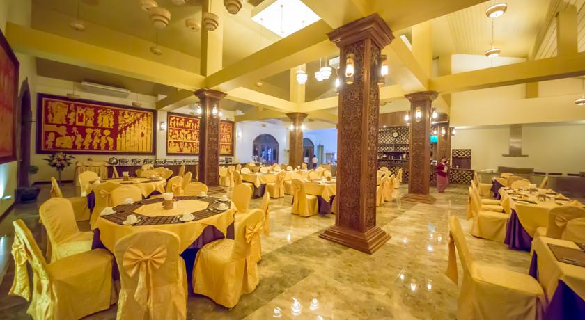 4138c-gracious-bagan-hotel-dinning-room-1.jpg