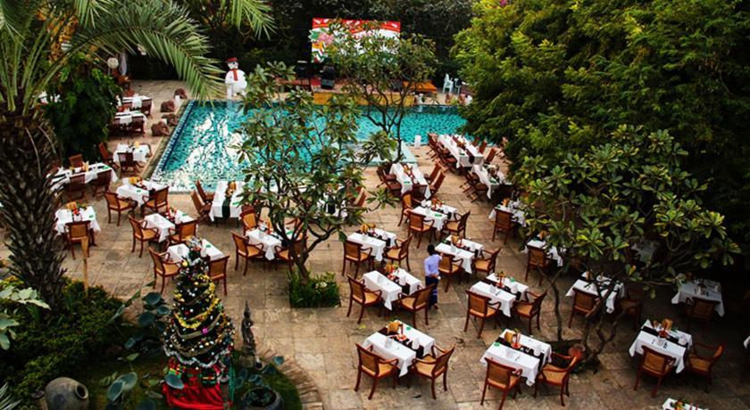 4165e-The-Hotel---Tharabar-Gate-5.jpg