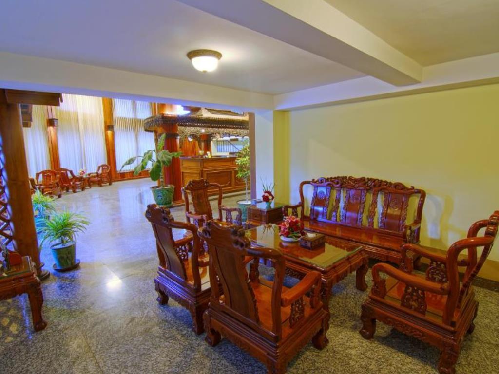 43112-shwe-ingyinn-hotel-mdl-lobby.jpg