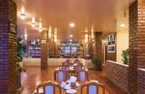 445db-mega-stars-hotel-mdl-dinning-room.jpg