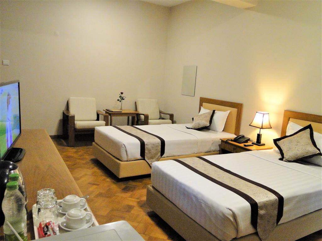 47f34-hotel-v.a.-n-room-2.jpg