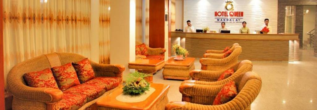 49cbf-hotel-queen-reception.jpg