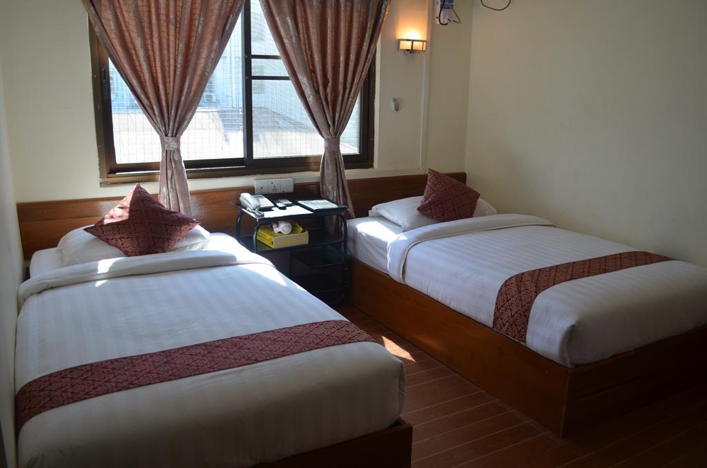 4d6e5-royal-diamond-hotel-mdl-roo-1.jpg