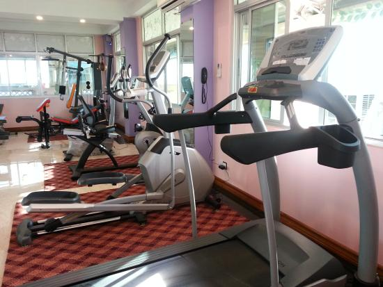 56056-grand-laurel-hotel-gym.jpg