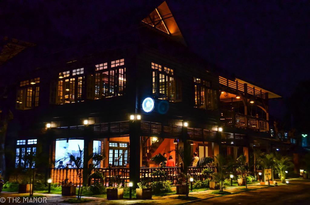 568f2-The-Manor-Hotel--Nyaung-Shwe.jpg