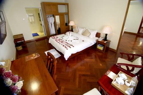 57981-Shwe-Htee-Hotel-DBL-02.jpg
