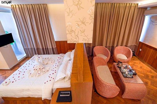 5b710-unity-hotel-mandalay.jpg
