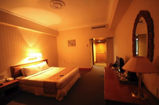 66974-Central-Hotel-Double.jpg