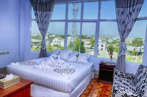 68239-shwe-hnin-si-hotel-room-1.jpg