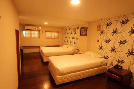 6b397-family-treasure-inn-room-1.jpg