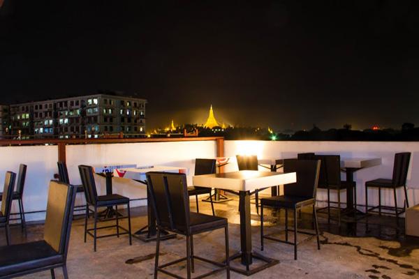 6c196-hotel-milanoa-sky-bar.jpg