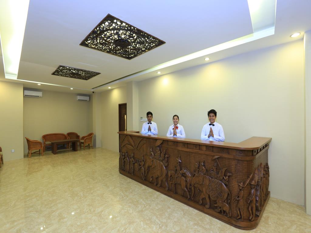6cb4c-royal-bagan-hotel-reception.jpg