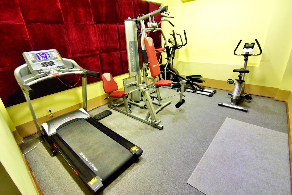 77763-shwe-ingyinn-hotel-mdl-gym.jpg