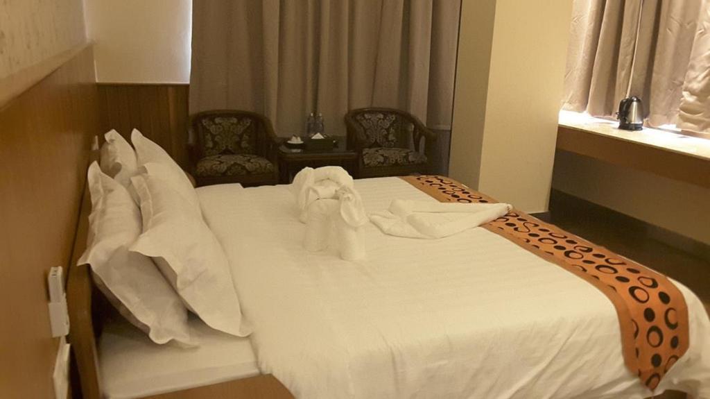 78bf6-unity-hotel-room2.jpg