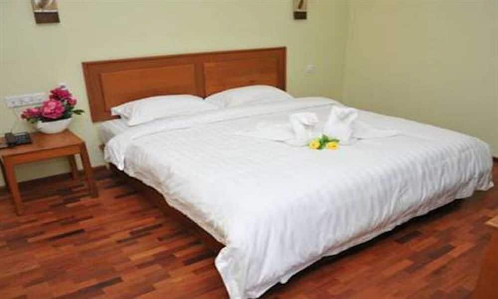 7a8a6-shwe-phyu-hotel-mdl-room-4.jpg