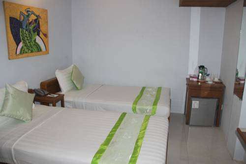 83a68-New-Yangon-Hotel-Twin.jpg
