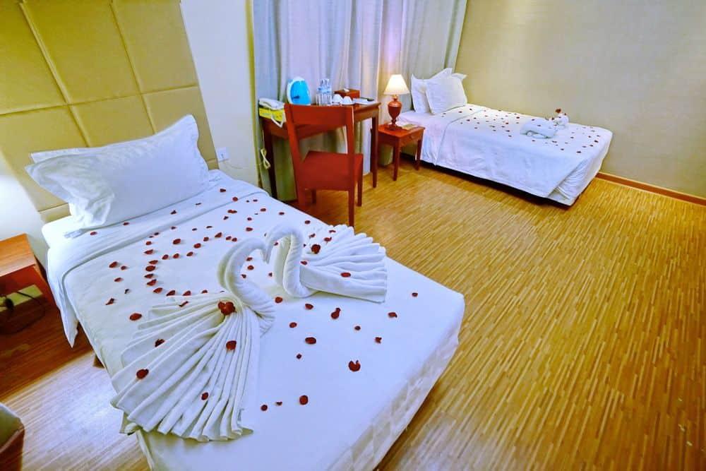 86cbe-oway-grand-hotel-mdl-rooom-6.jpg