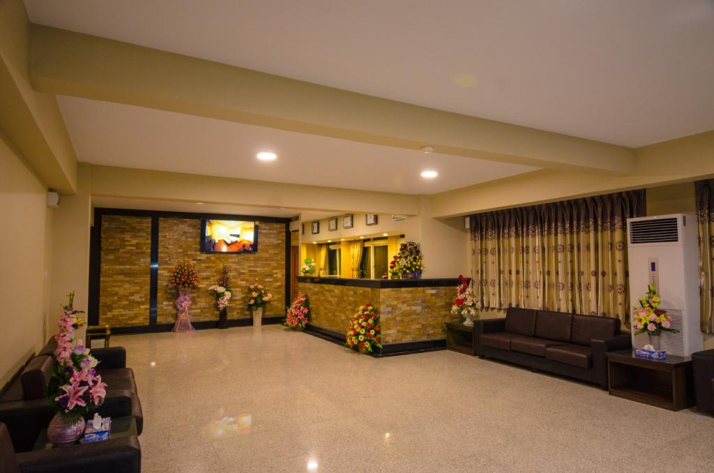 89d6e-grace-treasure-hotel.Lobby.jpg