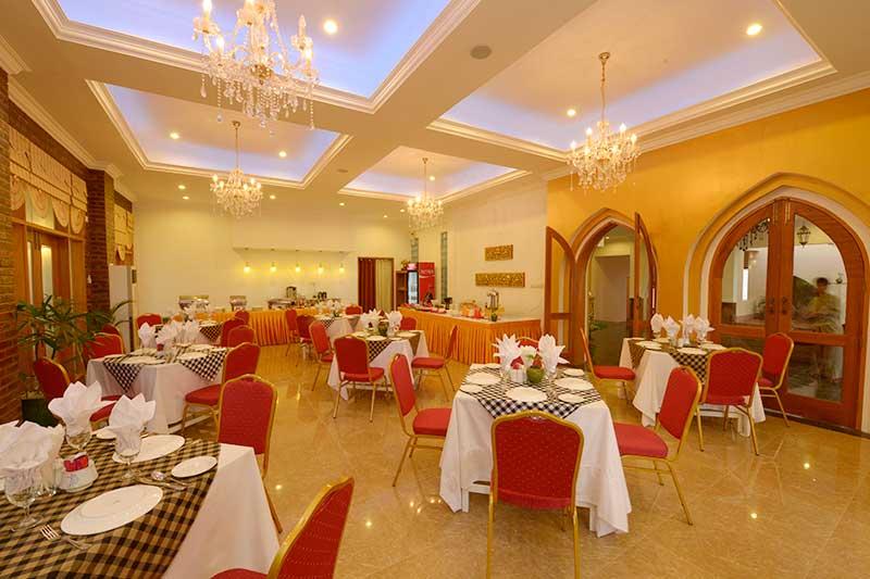 9e5bc-RAZAGYO-restaurant.jpg