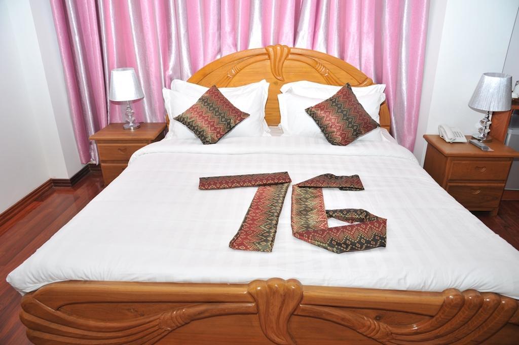 9ef67-Hotel-76-DBL-Best.jpg