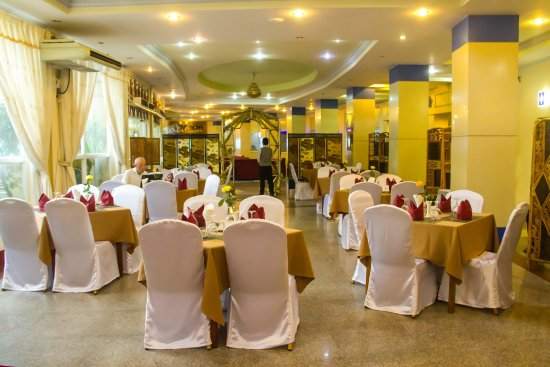 a0bba-City-Golf-Resort-dinning-room.jpg