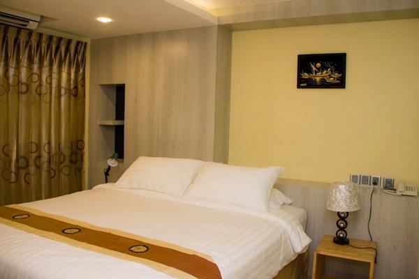 a739d-hotel-milanoa-room-1.jpg