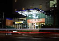 a74ac-Super-Hotel-View.jpg