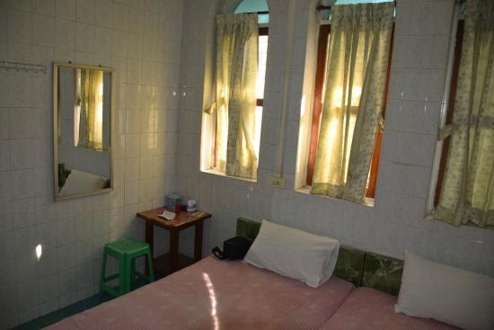 bade0-ad1-hotel.DBL-01.jpg