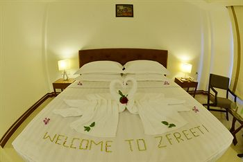 be192-zfreeti-hotel-bagan-room-3.jpg
